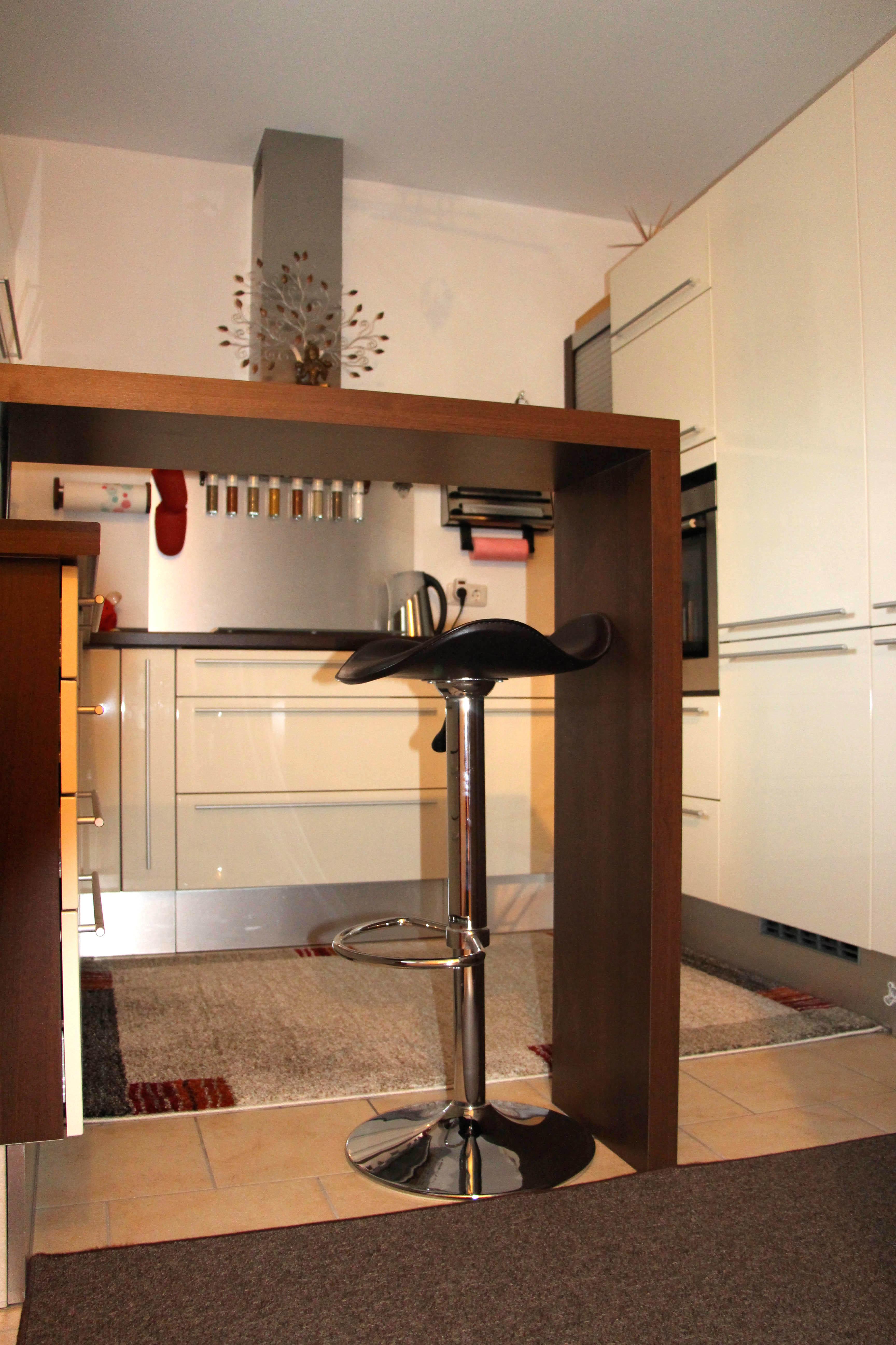 Ess-Bar - Maßanfertigung Küche